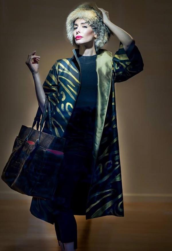 DC Swim Week | Cashmere & Pearls | Model | Jacket | Gold-Black | Leather-Bag | Printed